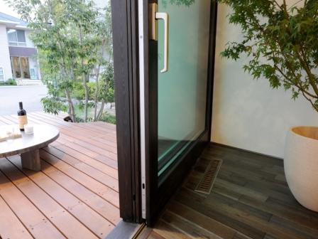 http://www.metaphys-house.com/cms_user_area/mokuseisassi.jpg